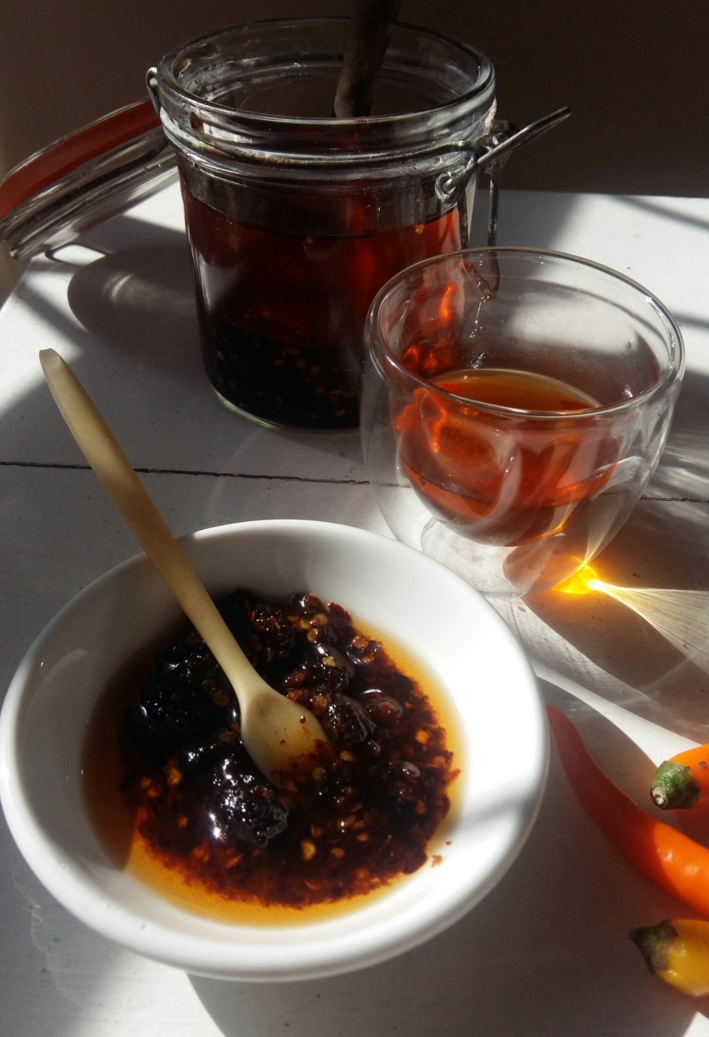 A blast of sunny flavour - spicy roast chilli oil