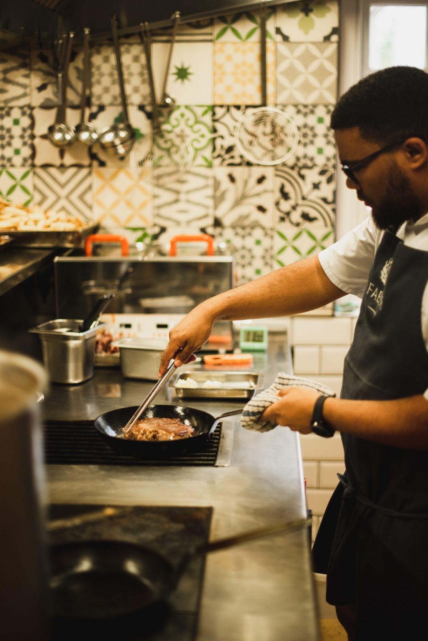 chef dale steves]ns avondale steak sonia cabano blog eatdrinkcapetown