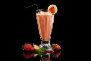 rooibos strawberry orange smoothie sonia cabano blog eatdrinkcapetown