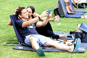 couple taking selfies galileo open air cinema sonia cabano blog eatdrinkcapetown