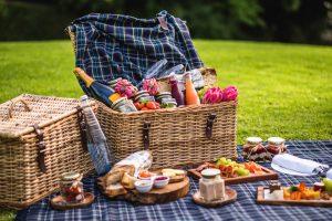 picnic feast cellars hohenort