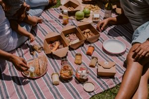 valentines day picnic spier farm cafe sonia cabano blog eatdrinkcapetown