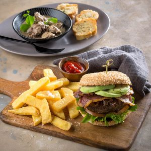 lavish lunch hussar grill livers burger sonia cabano blog eatdrinkcapetown