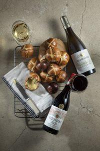 wine hot cross buns stellenbosch hills sonia cabano blog eatdrinkcapetown