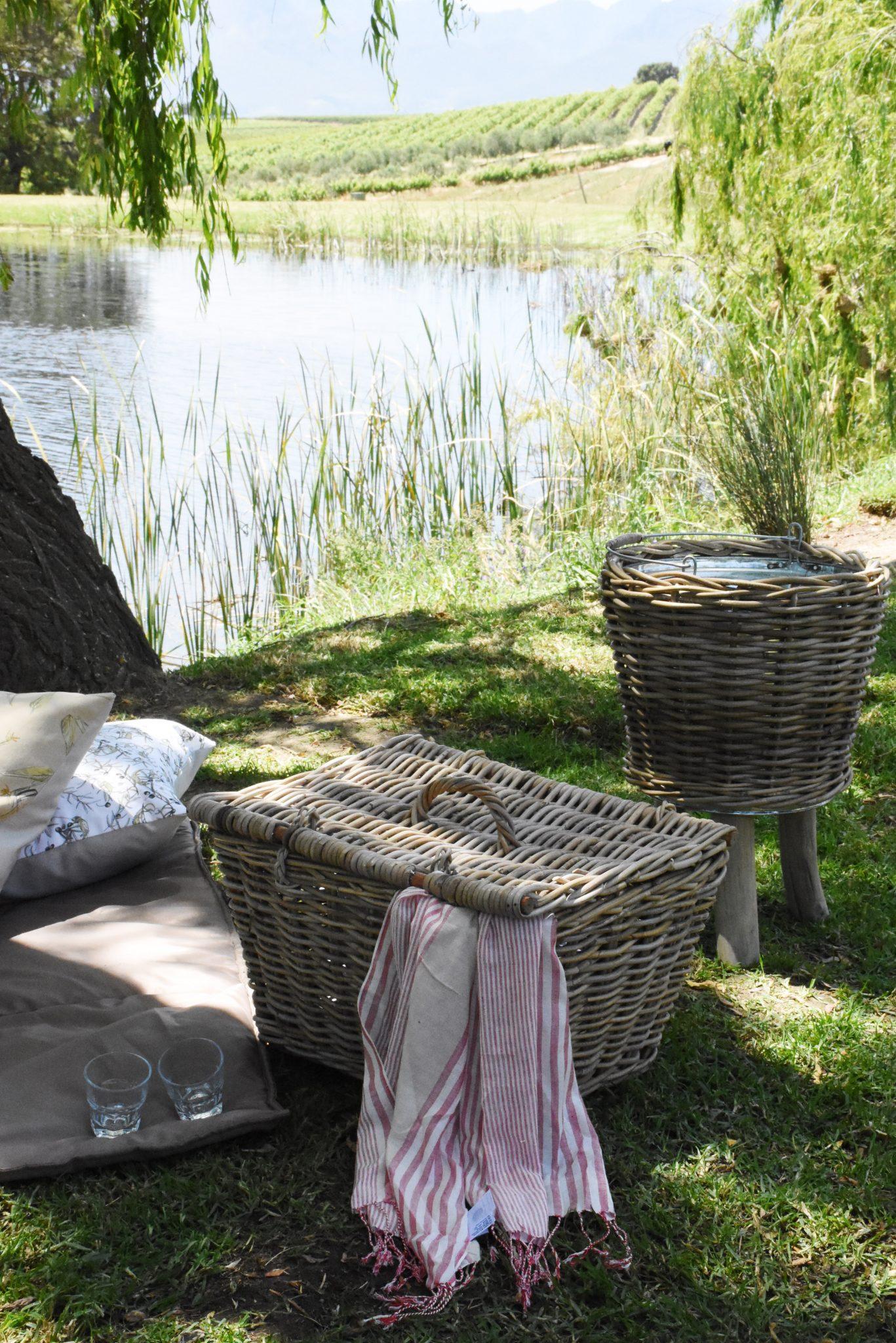 Valentine's Day picnic lunch hamper, Jordan Estate, Sonia Cabano blog eatdrinkcapetown