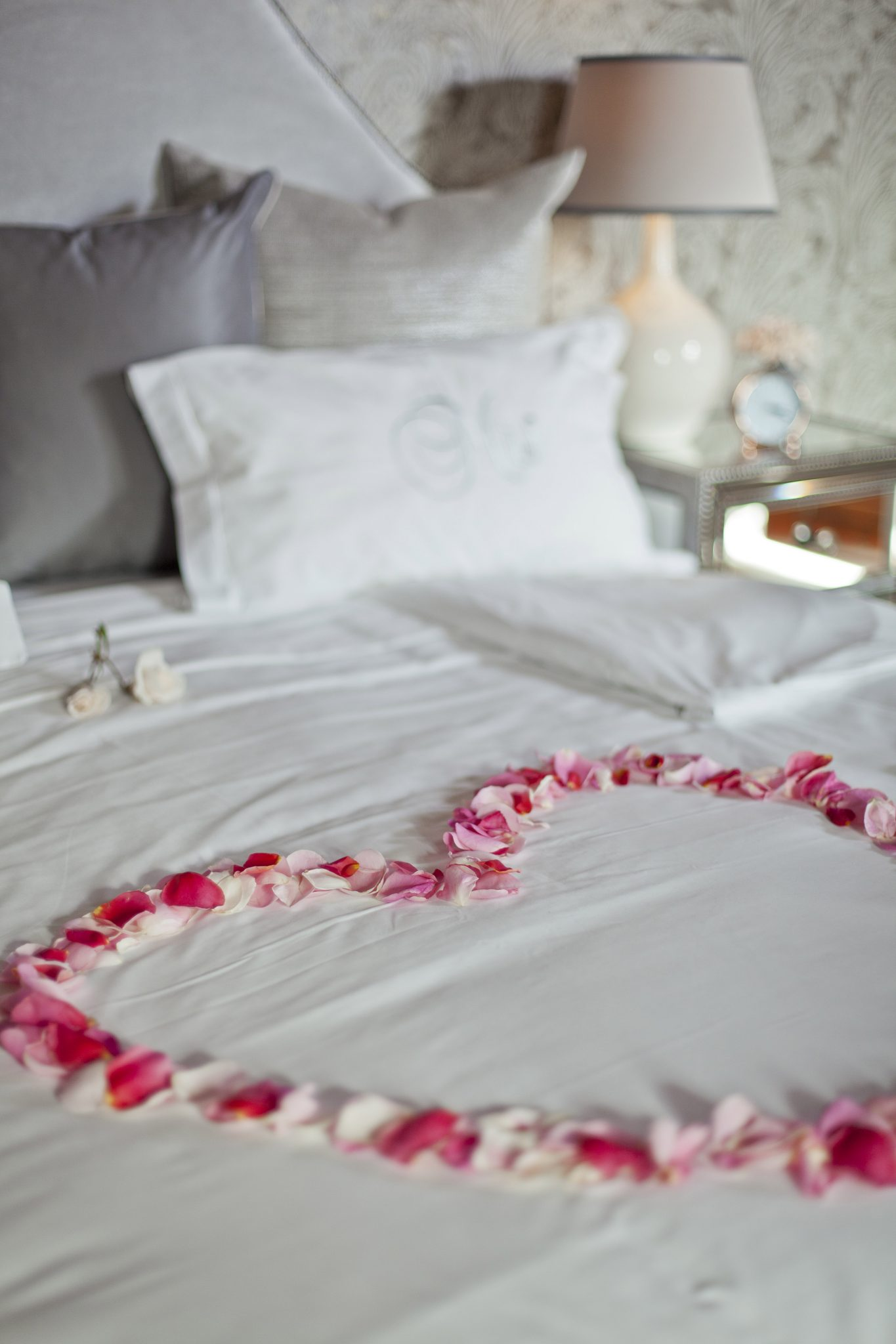 Romantic turn-down service at Steenberg for Valentine's Sonia Cabano blog eatdrinkcapetown